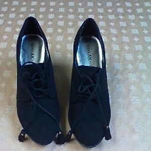 Anne Klein Dariel Suede Shoes, 8